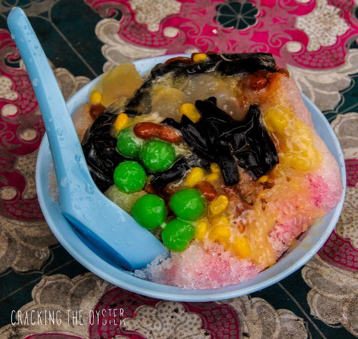 Famous Penang Dessert - Ais Kacang  #penang #aiskacang #malaysia