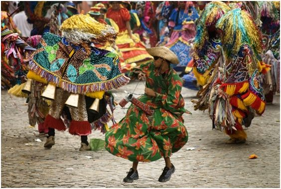 O OLHO: * O Carnaval Pernambucano: O Maracatú!