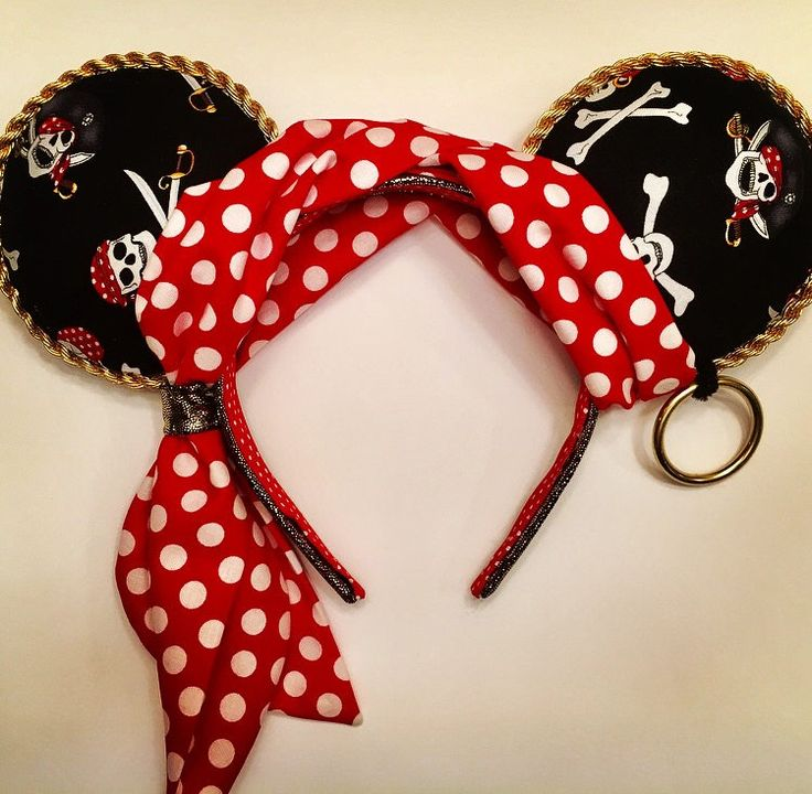 Pirates of the Caribbean Minnie Mouse ears by SallysEnchantingEars on Etsy https://www.etsy.com/listing/549781462/pirates-of-the-caribbean-minnie-mouse