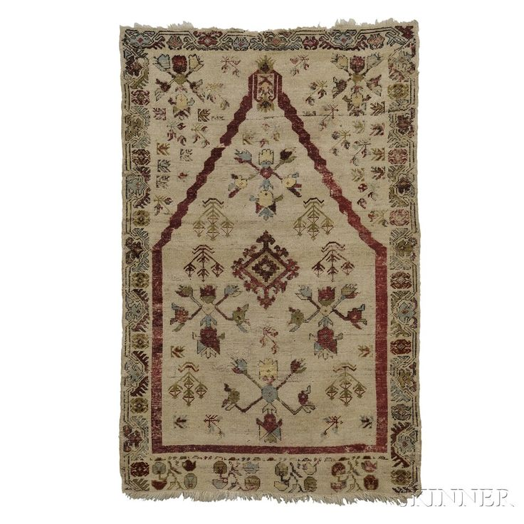 Kirsehir Prayer Rug, West Anatolia, late 19th century,  5 ft. 1 in. x 3 ft. 4 in.