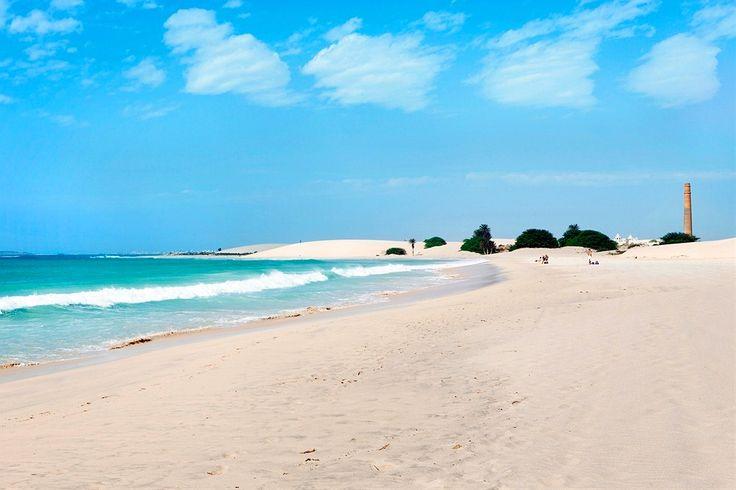 Kap Verde, Boavista: Upota varpaat hiekkaan näissä maisemissa. www.finnmatkat.fi hashtag#Finnmatkat