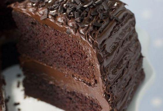Υπέροχη νηστίσιμη τούρτα σοκολάτα
