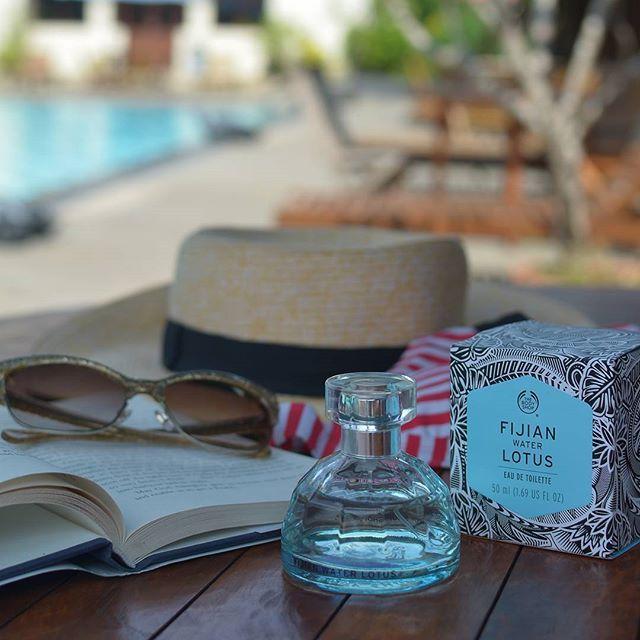 Sun Sunny Day in #Bali   Salah satu item yang WAJIB dibawa saat liburan adalah Fijian Water Lotus EDT dari @thebodyshopindo! Kalau kamu mau hadiah liburan ke Bali dari @thebodyshopindo, yuk ikutan #ThisismyVoyage quiz! Caranya mudah, kamu tinggal foto bersama EDT Voyage yg sudah kamu beli di tempat liburan favoritmu! Follow @thebodyshopindo untuk tahu info lengkapnya atau cek di bit.ly/TBSVoyageQuiz  ya... Good luck, see you in #bali :)