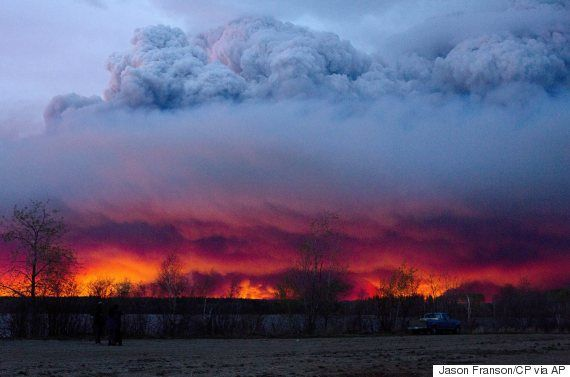 The notorious Fort McMurray fire from a spectacular view.
