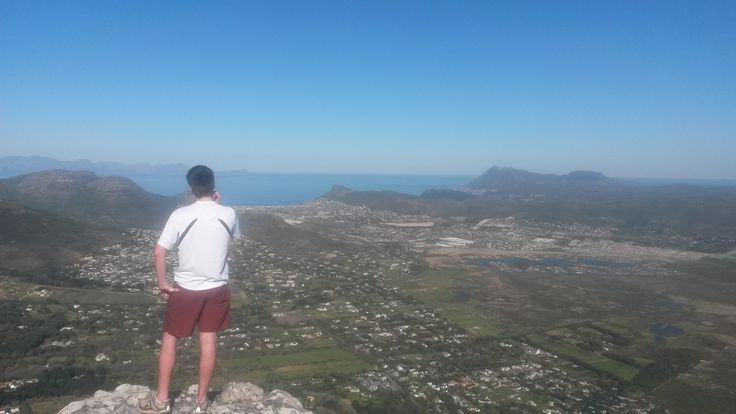 Chapmans Peak. The Cape Peninsula