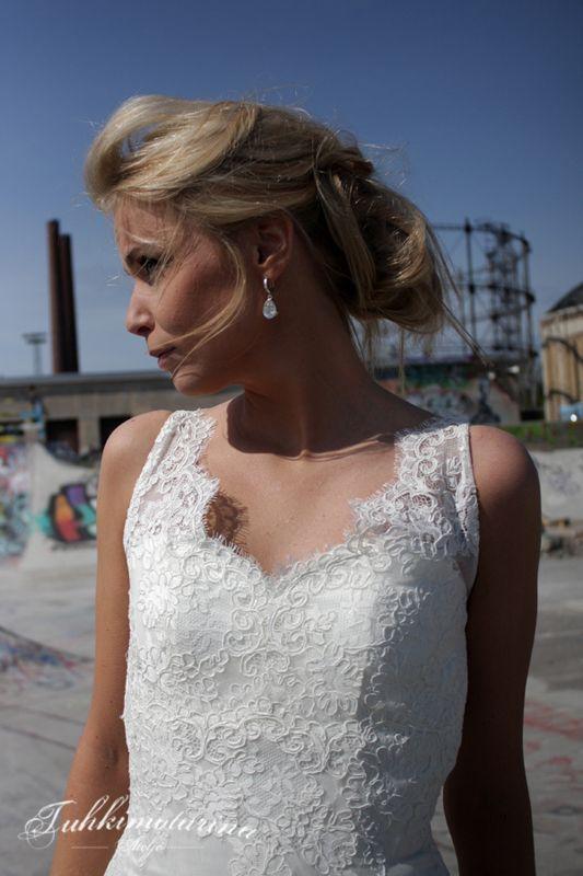 Dress: Esme by Heidi Tuisku, Photo: Emma Nikkanen, Model: Kati, Hair: Emma Nikkanen, Makuup: Kati Kuhlberg