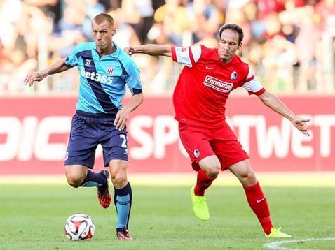 Freiburg vs Stoke City Gallery Steve Sidwell.
