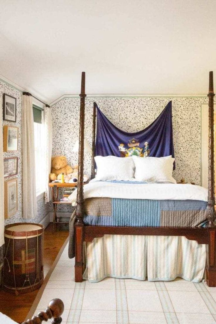 10 X 12 Bedroom Design: Tom Scheerer Designs An Old-Fashioned Maine Home