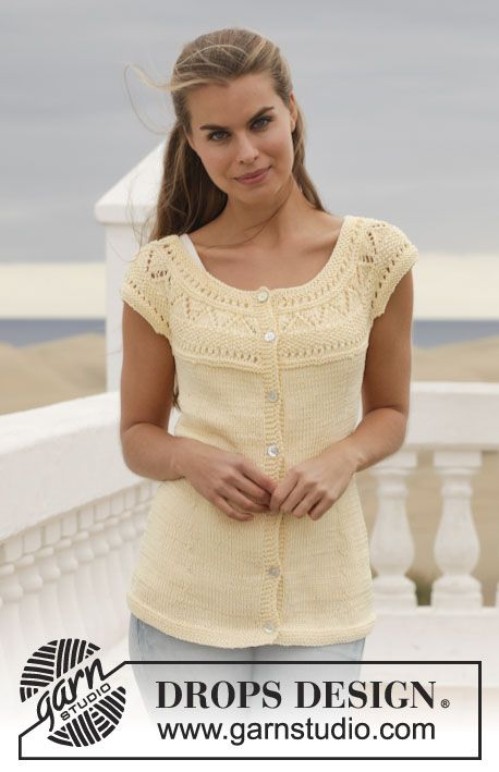 """Knitted DROPS vest with lace pattern and round yoke in """"Muskat"""". Size: S - XXXL. ~ DROPS Design"""