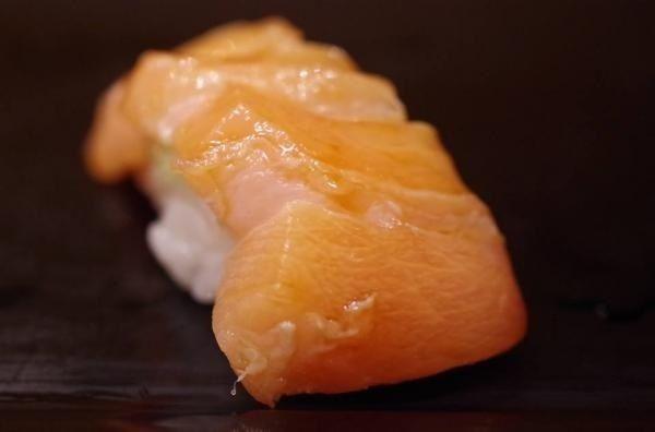 マグロとカジキ|浅草蔵前「小肌・煮蛤の旨い店」