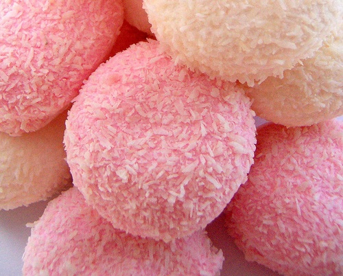 Hostess Snowballs~I cant have coconut but these look pretty cool for everyone else!