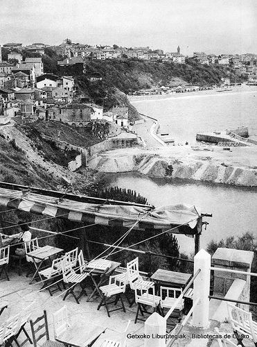 Puerto Viejo desde la terraza de la cafetería Usategi (ref. 07017)