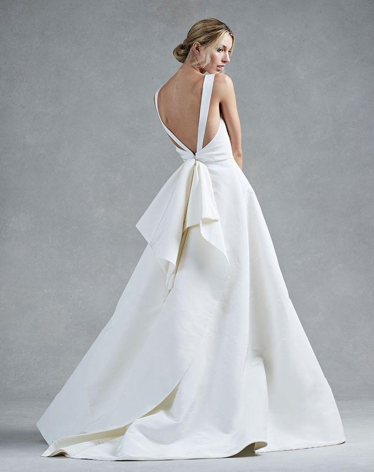 25 best ideas about oscar de la renta wedding gowns on for Oscar de la renta wedding dress prices