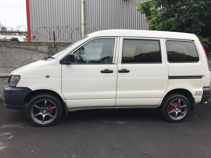 """17"""" inforged fitted on Toyota Townace"""