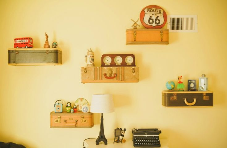 Vintage Nursery with DIY Suitcase Shelves - so clever!: Suitca Shelves, Nurseries Vintage, Vintage Suitcases, Suitcases Shelves, Projects Nurseries, Baby Rooms, Suitcase Shelves, Nurseries Ideas, World Travel Nurseries