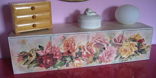 172 best decoupage furniture images on pinterest for Cadlow mural world