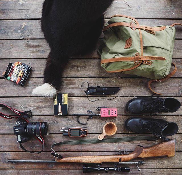 Packar med Pärson, nästan redo.. #älgjakt  Almost ready. #moosehunting