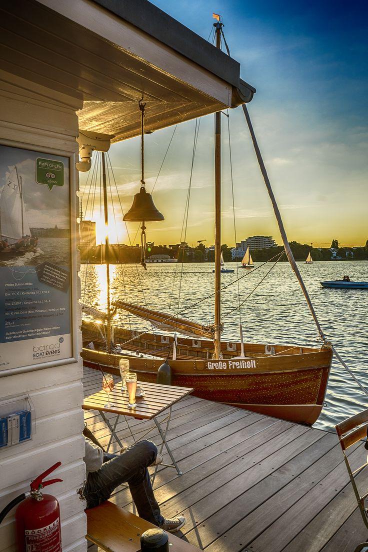 Das Barca an der Hamburger Außenalster | Bildschönes Hamburg Germany