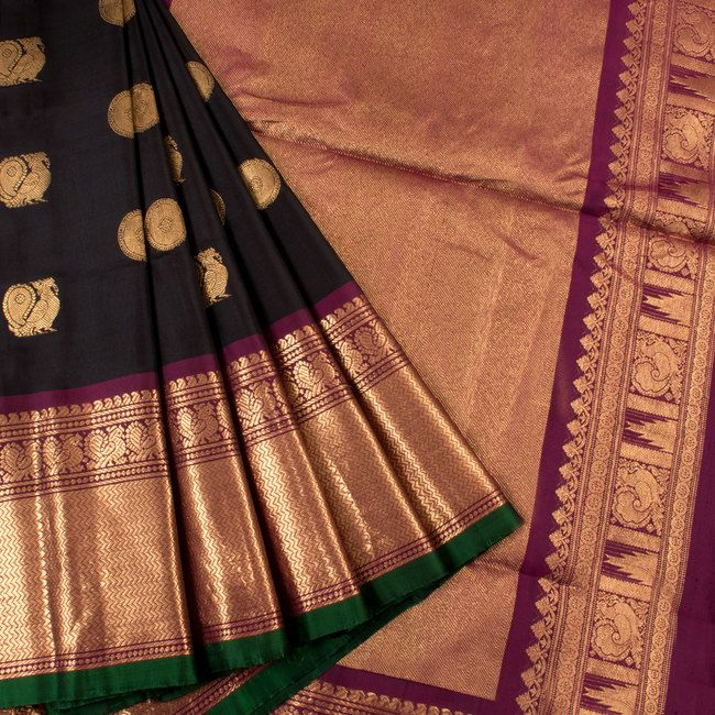 Handwoven Black Gadwal Silk Saree With Peacock Motifs & Zig Zag Design Border 10018357 - AVISHYA.COM