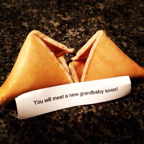 Pregnancy announcement fortune cookies for grandparents - 1 Dozen
