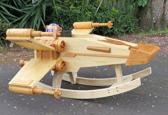 Nave de Guerra nas Estrelas de madeira                              …