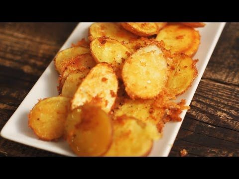 Πανεύκολες πατάτες ψητές με κρούστα παρμεζάνας   Συνταγές - Sintayes.gr