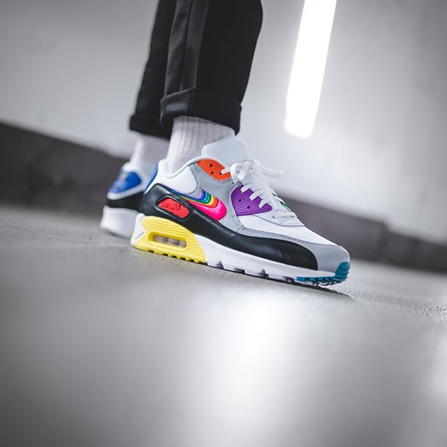 Nike Air Max 90 Betrue in bunt CJ5482 100 in 2019 | Nike