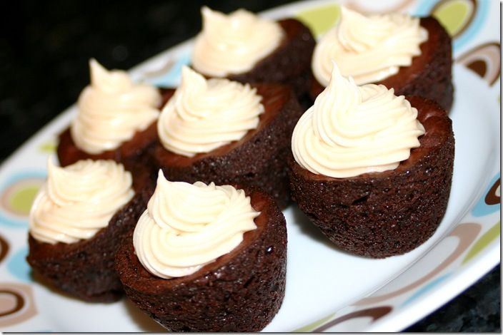 rolo brownie bites with caramel frosting | food and drinks | Pinterest