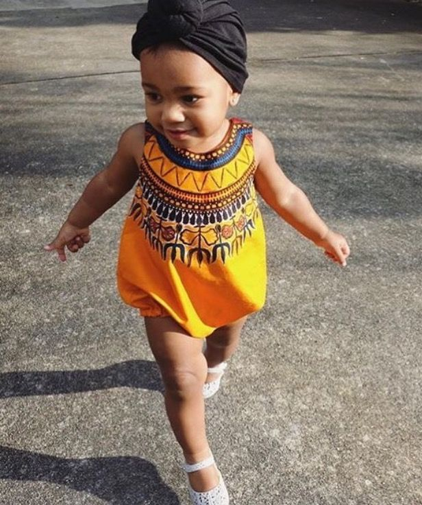 Love this bubble romper that I've seen around the net! I have the fabric but haven't had the time to make it~~I hope someone requests this look! Cute for boys or girls! ($25) adorablyafrican.com/bespoke