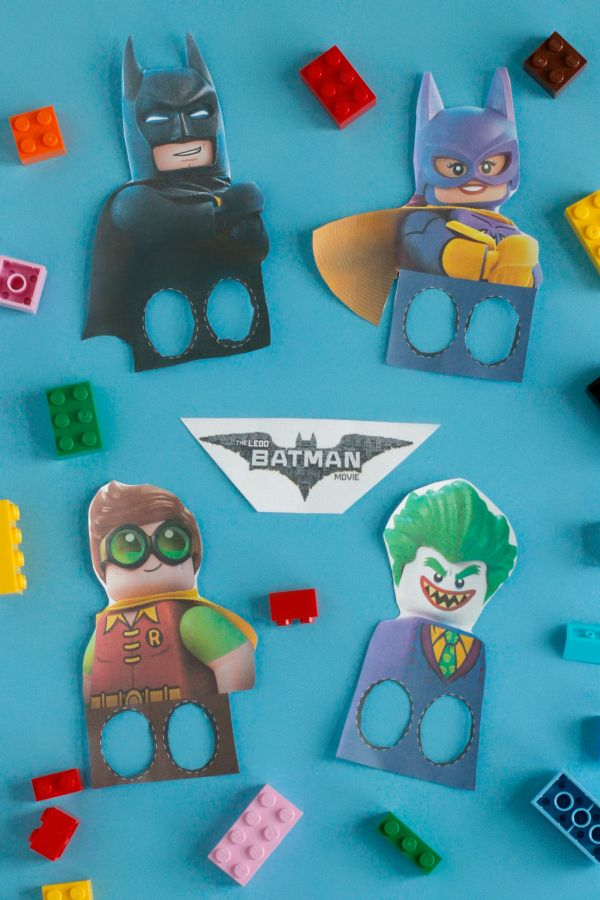 Are you as excited as we are to see The LEGO Batman Movie, in theaters 2/10? We've been watching the trailers and it looks so funny, perfect for the adults as much as the kids. To help celebrate, we've created a FREE printable for a set of LEGO Batman Finger Puppets! #LEGOBatmanMovie #ad