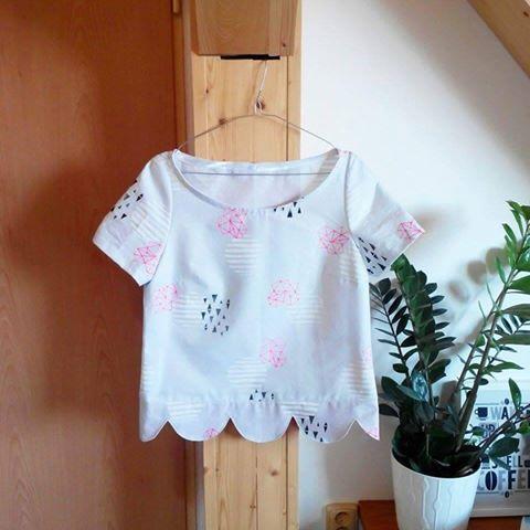hanprinted fabric permaset aqua scalloped top