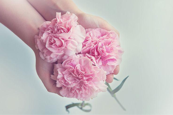 The Best Flower Arranging Classes in London on Country featuring The London Flower School - https://londonflowerschool.com