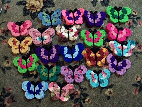 Crochet Butterflies ~ free pattern, thanks so xox http://www.freecraftunlimited.com/crochet-butterfly.html