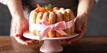 Charlotte aux abricots et à l'amaretto, facile et pas cher : recette sur Cuisine Actuelle
