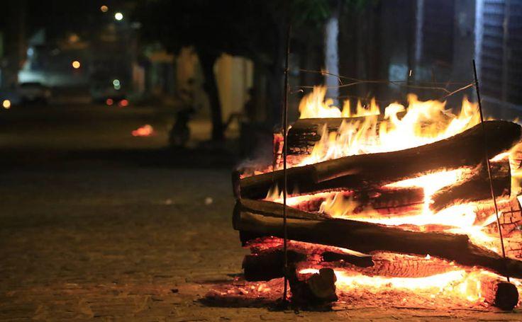 Comemoradas pelo país inteiro, a tradição das festas juninas concentra-se, sobretudo, na região nordeste do país Festa junina em Caruaru (PE) nesta quinta-feira (23)