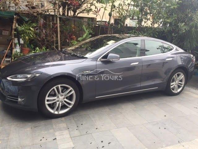 2014 #Tesla #Model S #P85 (Code 2006) 0 owners. 5000cc. #Automatic Visit our website. www.mymotors.com.... Like our fanpage. Thanks. www.facebook.com/MYmotors #cars #Car #MYM #MYMCars #Metallic Grey #HongKong #HK #HKCARS #HKCAR