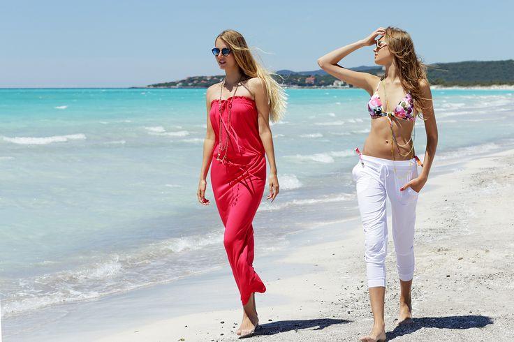 Rosapois Mare summer 2016  Photographer: Settimio Benedusi   #benedusi #rosapois #rosapoismare #beachwear #strawberry #color #jersey #light #dress #longdress #white #trousers #macramé #top