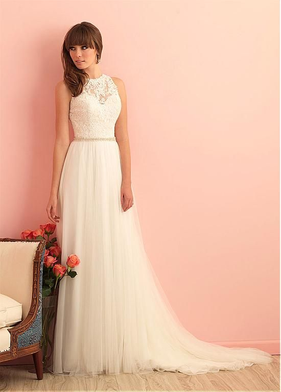 Glamorous Tulle High Collar Neckline A-line Wedding Dress With Lace Appliques alles für Ihren Stil - www.thegentlemanclub.de