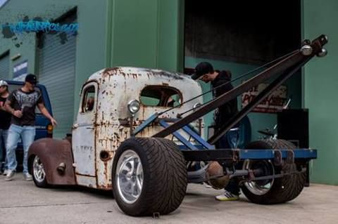 Rat rods..  Love the fat tire on this thing..