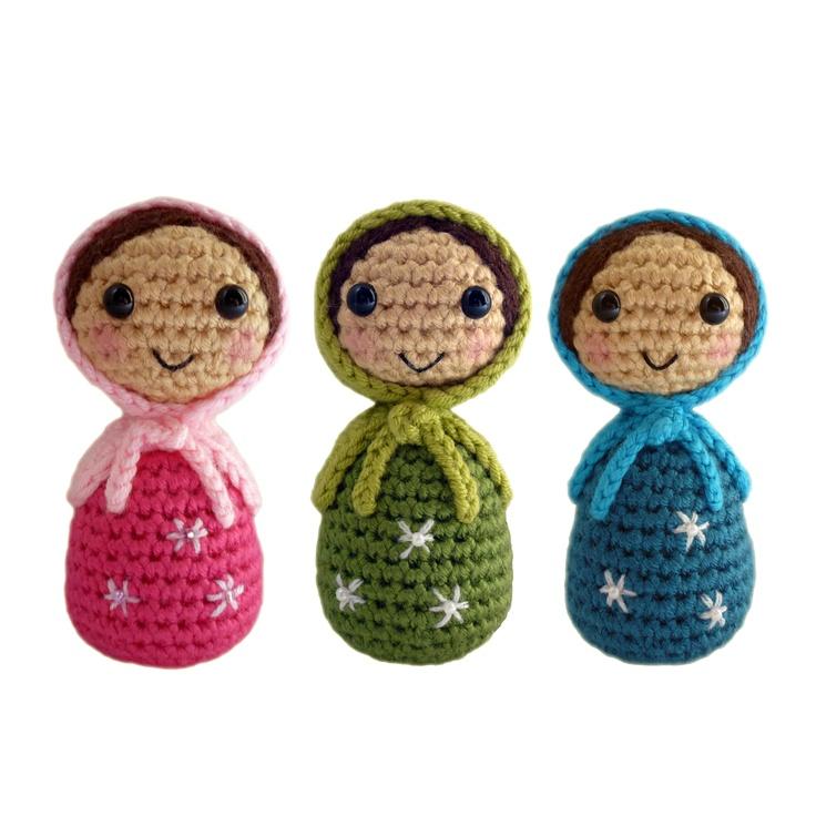 Amigurumi Russian Dolls : 394 best images about MATRUSHKA on Pinterest Perler bead ...