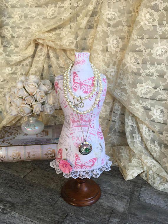 261 besten Gorgeous Dress Forms & Mannequins Bilder auf Pinterest ...