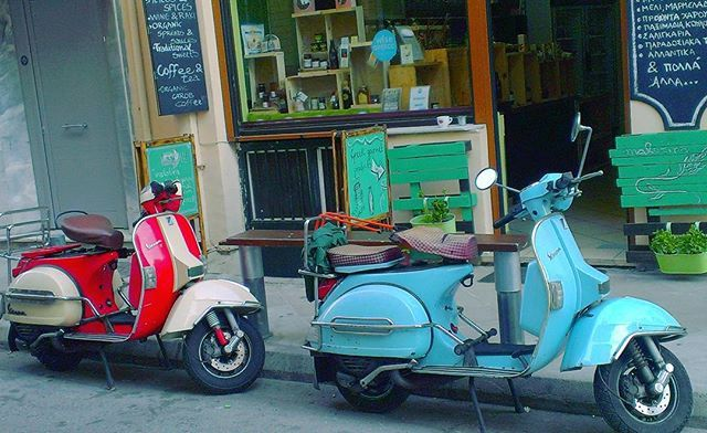 Colorful  Vespa guests !