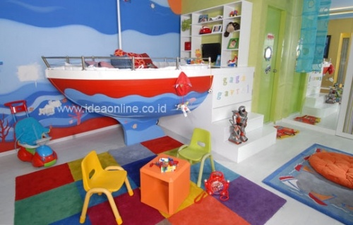 Sailing Boat Bed for Kid. Photographer: iDEA/Richard Salampessy