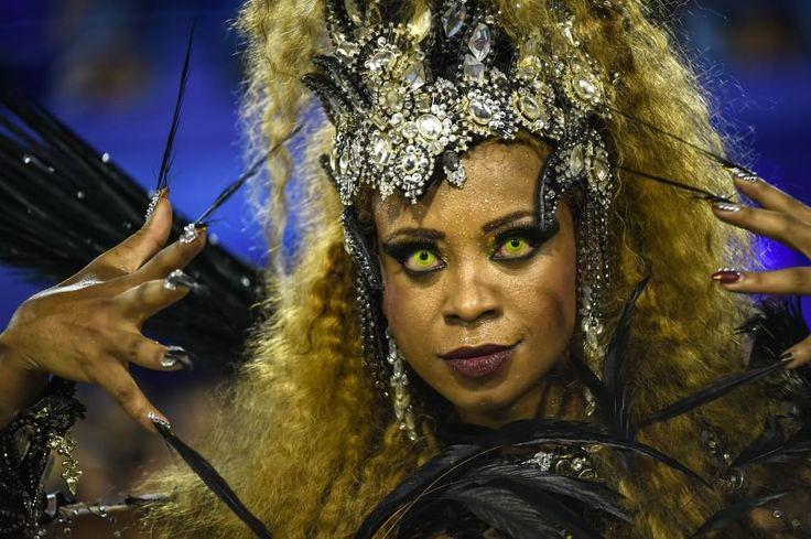 Brasile, carnevale a ritmo di samba a Rio de Janeiro
