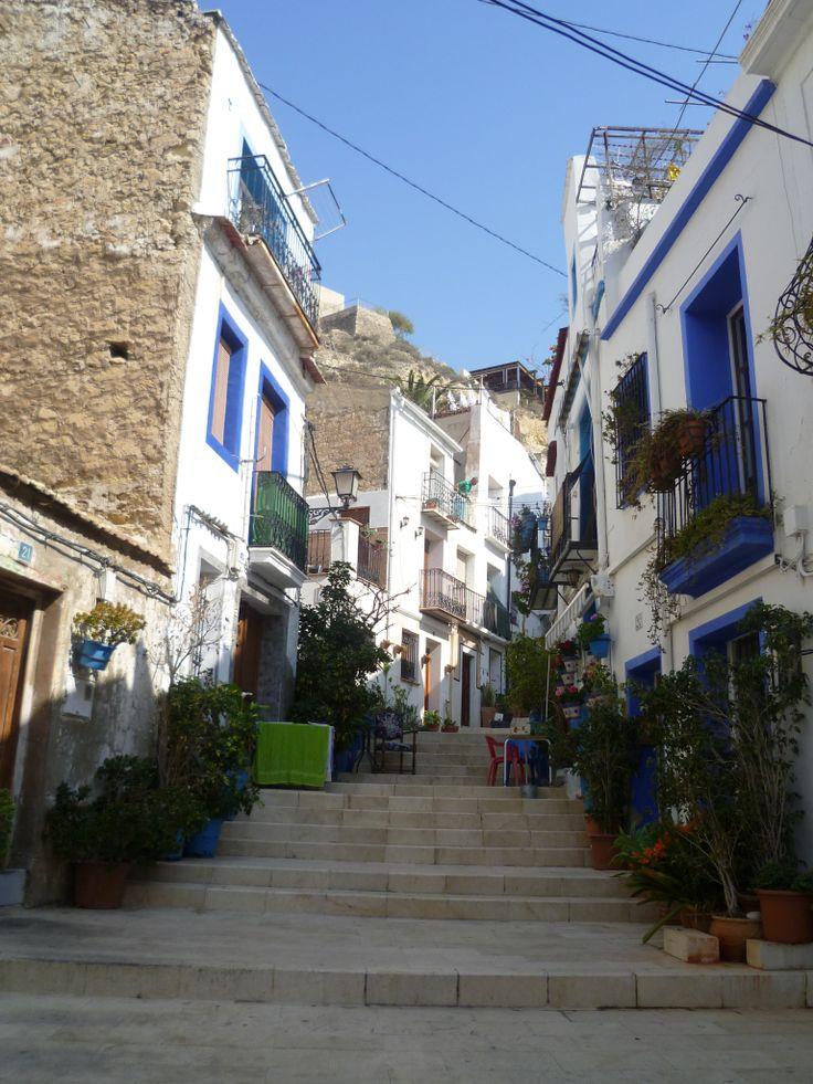 Hübsche Viertel Santa Cruz, Alicante, Spanien