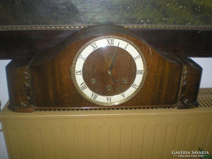 Negyedütős kandalló óra