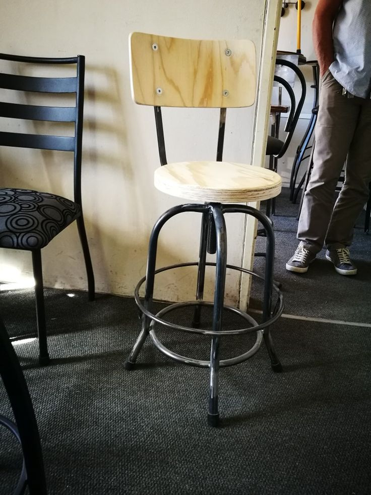 Vintage style bar chairs. www.houseofchairs.co.za We deliver nation wide