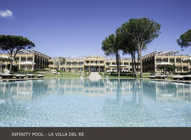 Che ne pensate della nostra #infinity #pool?  Dovete assolutamente provarla! #lavilladelre #hotel #costarei #sardegna #italia www.lavilladelre.com
