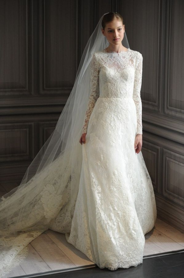 Free-shipping-Long-sleeves-Chic-Vintage-Lace-Wedding-Dress-High-Neck-with-low-V-Back-Full.jpg (598×900)