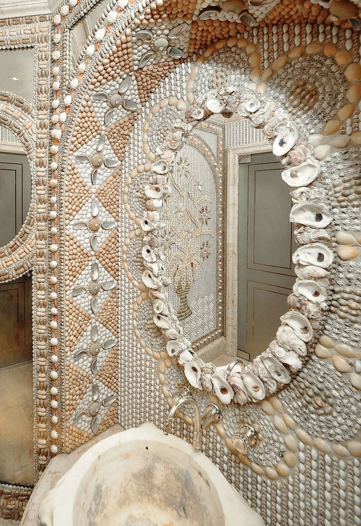 shell mosaic design mosaic art seashell art pinterest
